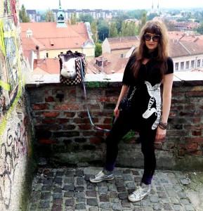 Pulci & Me in Pulci T-shirt :)